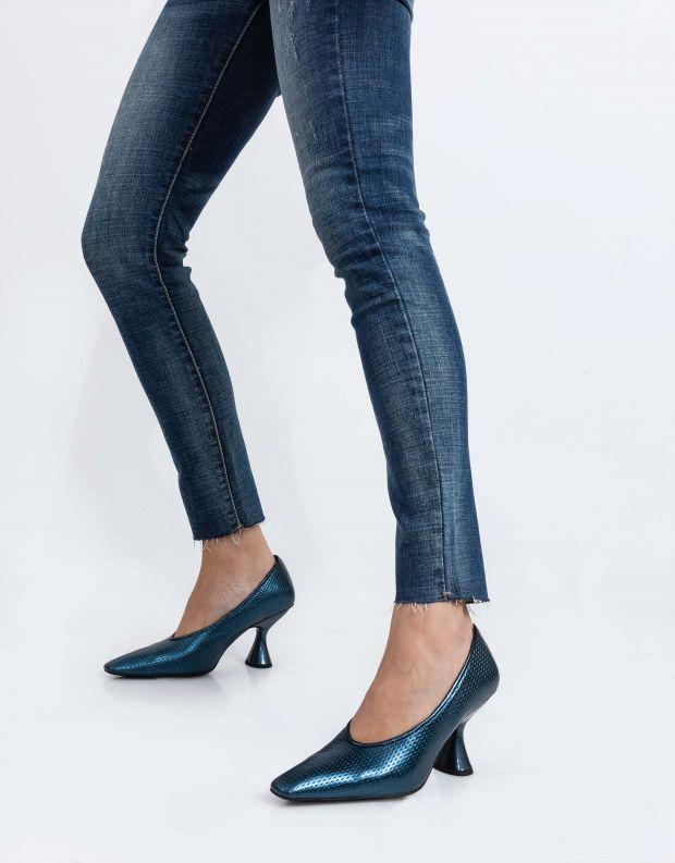 נעלי נשים - Jeffrey Campbell - נעלי סירה עם עקב THETA - כחול