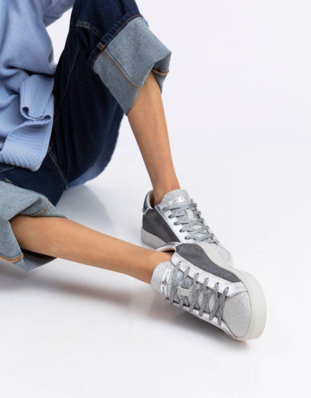 נעלי נשים - Crime London - סניקרס BEAT - כסף