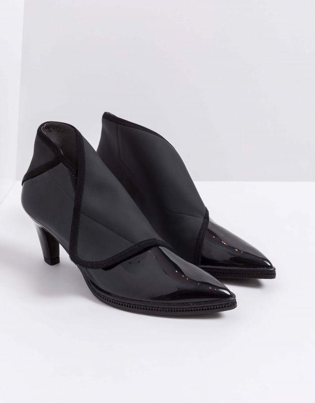 נעלי נשים - United Nude - מגפוני עקב FURROW MID - שחור