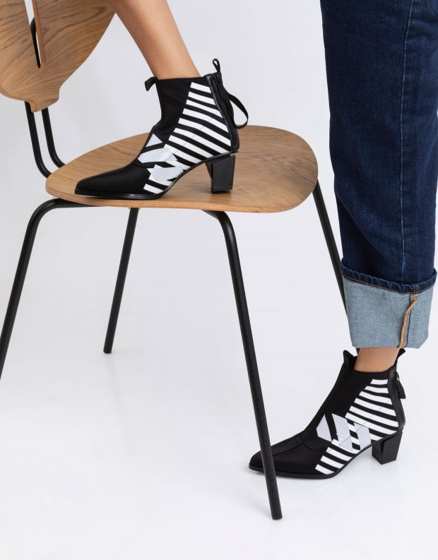 נעלי נשים - United Nude - מגפוני עקב LEV CALLI MID - שחור לבן