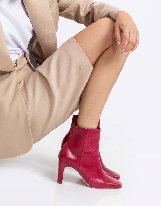 נעלי נשים - Schutz - מגפונים עם עקב DAHLIA - אדום