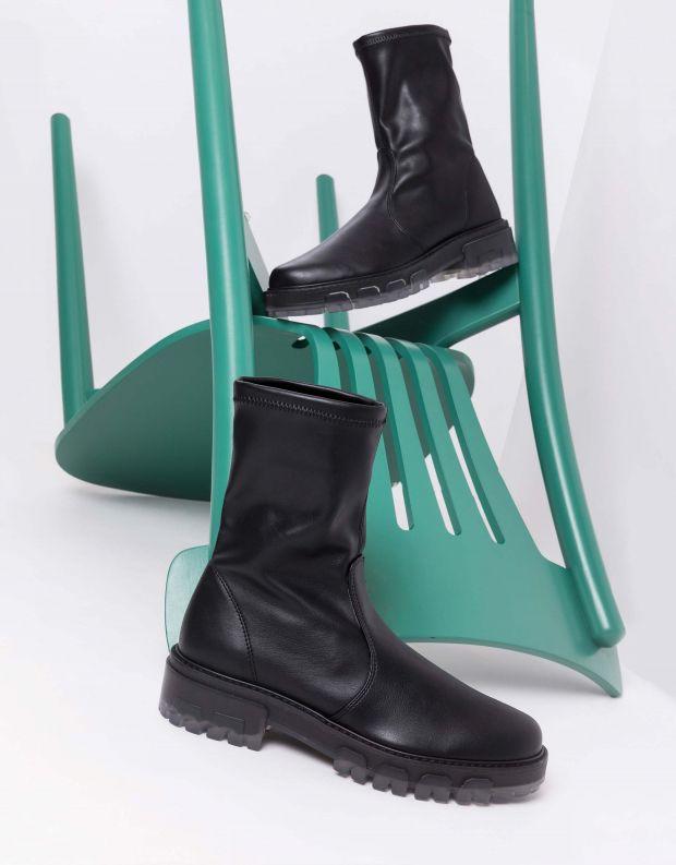 נעלי נשים - NR Rapisardi - מגפונים מבד דמוי עור INA - שחור