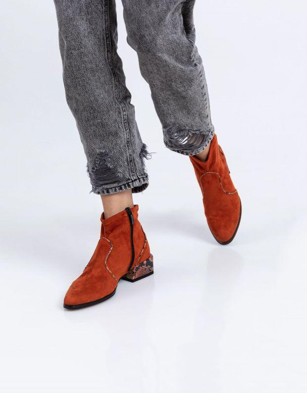 נעלי נשים - NR Rapisardi - מגפונים טבעוניים LISA - כתום