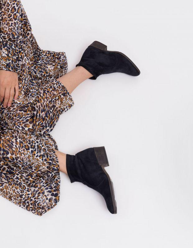 נעלי נשים - NR Rapisardi - מגפוני עקב טבעוניים THORA - כחול