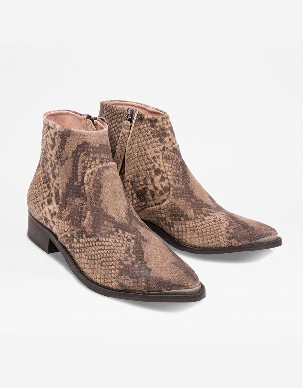 נעלי נשים - Sneaky Steve - מגפון ELECTRIC - חום נחש