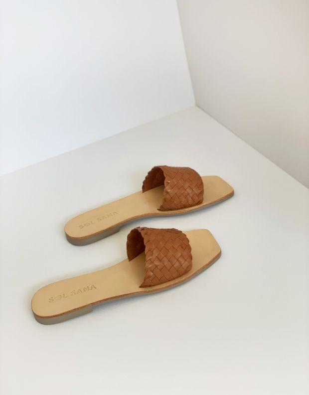 נעלי נשים - SOL SANA - כפכפים שטוחים MARIGOLD - קאמל