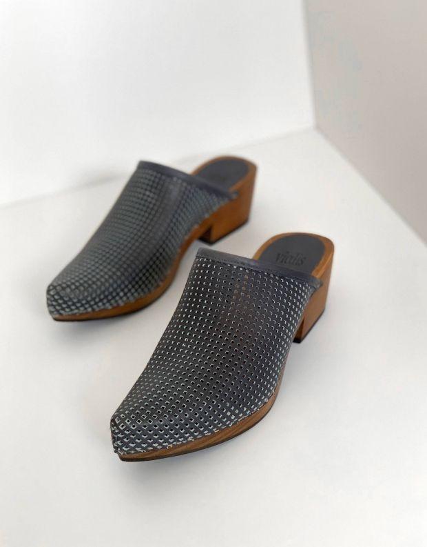 נעלי נשים - Vialis - כפכפי עץ מחוררים DAIDAI - כחול