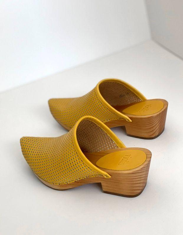 נעלי נשים - Vialis - כפכפי עץ מחוררים DAIDAI - צהוב