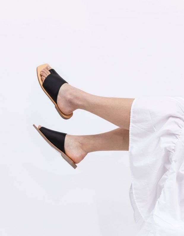 נעלי נשים - SOL SANA - כפכפים שטוחים JESSIE - שחור