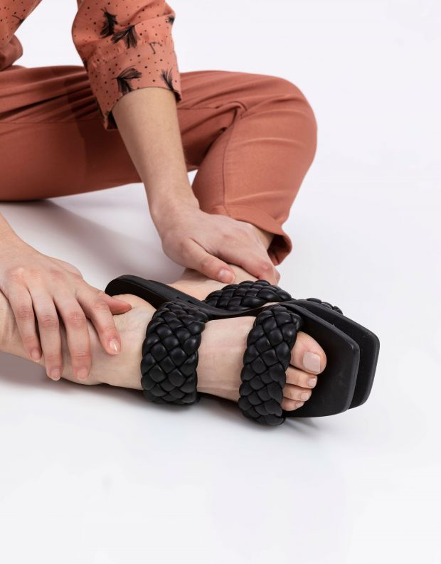 נעלי נשים - SOL SANA - כפכפים שטוחים LYRIC - שחור