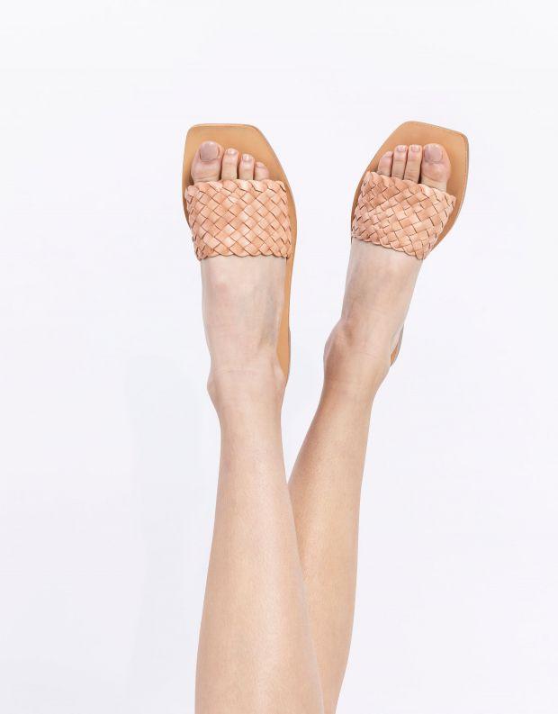 נעלי נשים - SOL SANA - כפכפים שטוחים MARIGOLD - ניוד