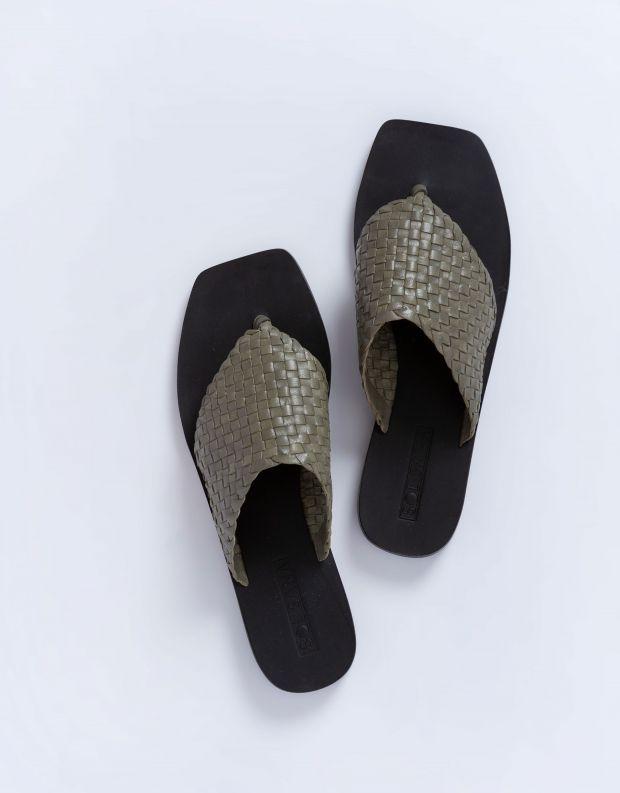 נעלי נשים - SOL SANA - כפכפי אצבע שטוחים WINNIE - זית