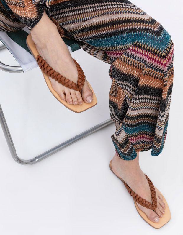 נעלי נשים - SOL SANA - כפכפי אצבע שטוחים LOTUS - קאמל