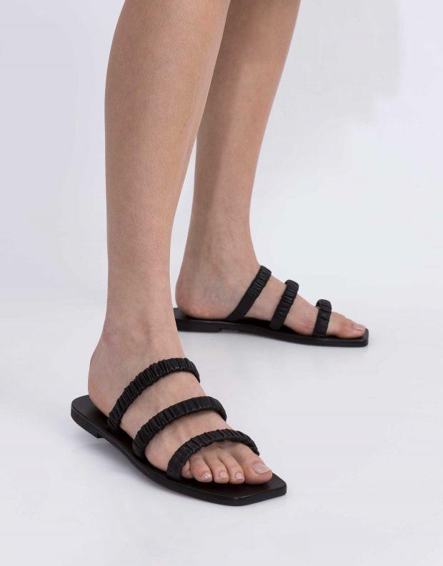נעלי נשים - SOL SANA - כפכפים שטוחים  SOLANGE - שחור