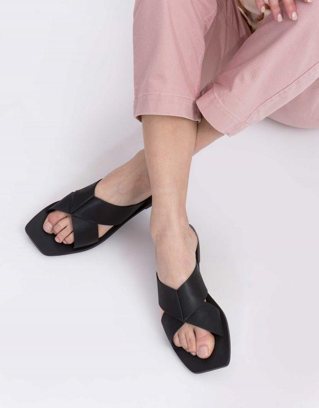 נעלי נשים - SOL SANA - כפכפים שטוחים איקס JULIAN - שחור