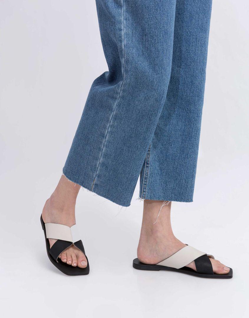 נעלי נשים - SOL SANA - כפכפים שטוחים איקס JULIAN - לבן-שחור