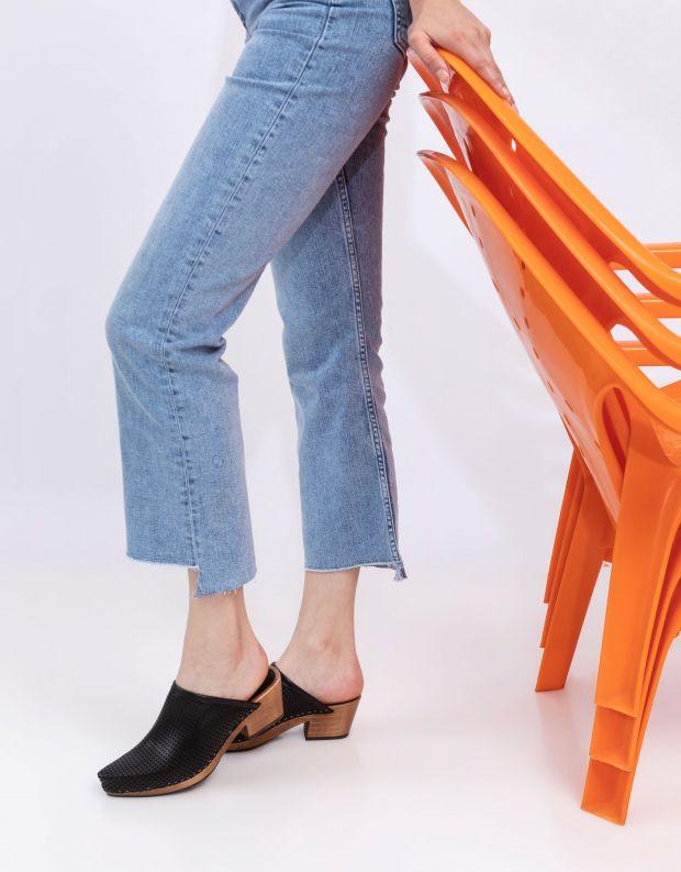נעלי נשים - Vialis - כפכפי עץ מחוררים DAIDAI - שחור