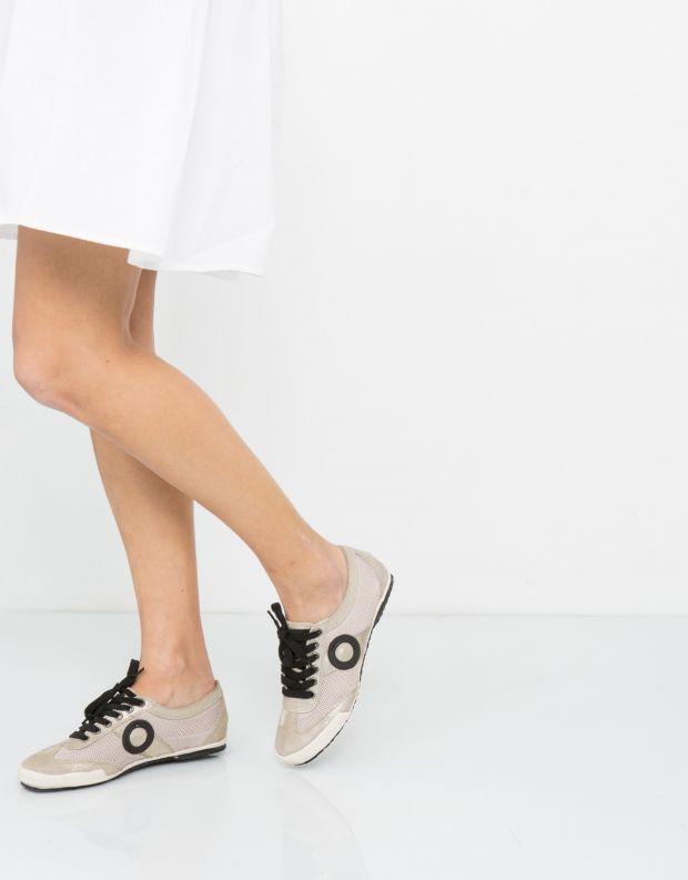 נעלי נשים - Aro - סניקרס JOANETA - פלטינה
