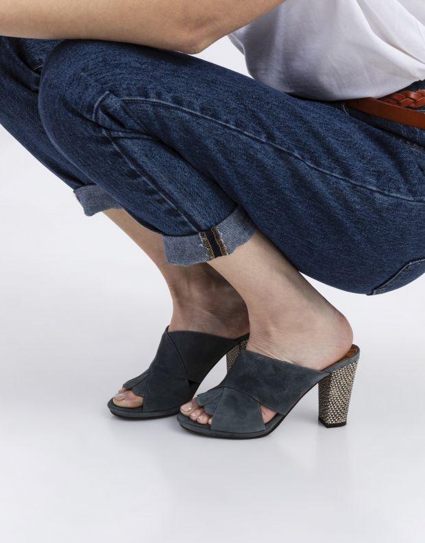נעלי נשים - Chie Mihara - כפכפי עקב זמש ABINO - אפור