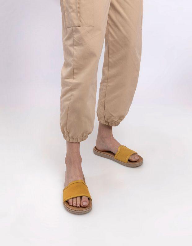 נעלי נשים - Lovelies - כפכפי זמש רצועה רחבה BODR - צהוב