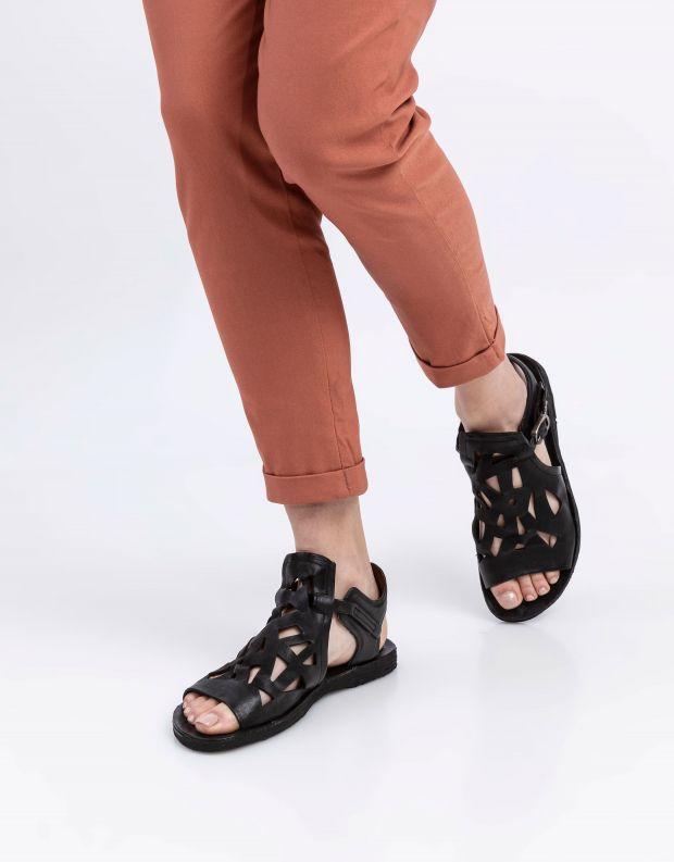 נעלי נשים - A.S. 98 - סנדלים עם חיתוכים RAMOS - שחור