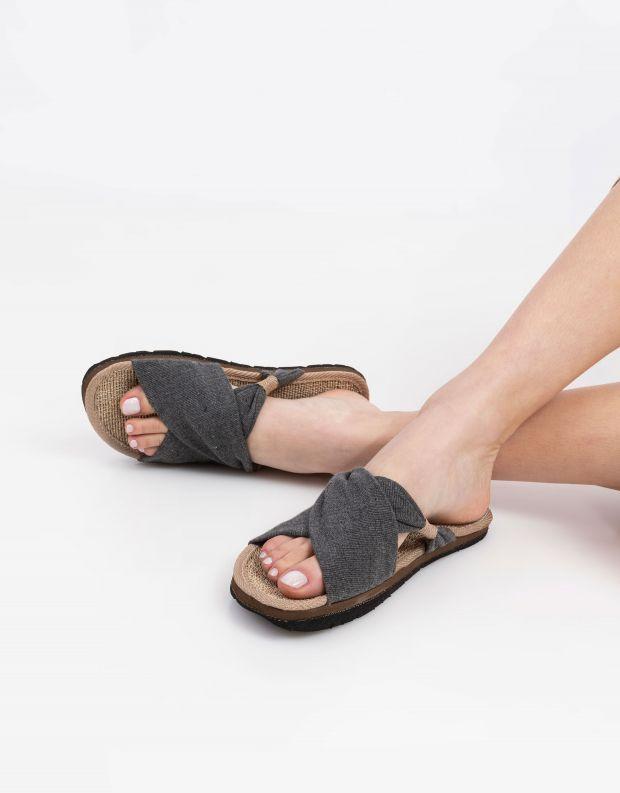 נעלי נשים - Komodo - כפכפי בד HELENA - אפור כהה