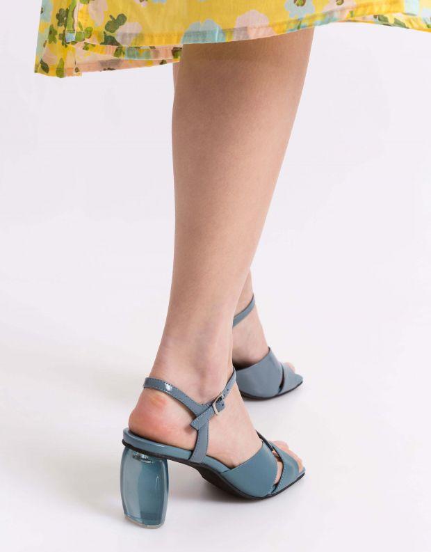 נעלי נשים - Jeffrey Campbell - סנדלי ANTIQUE עקב שקוף - כחול