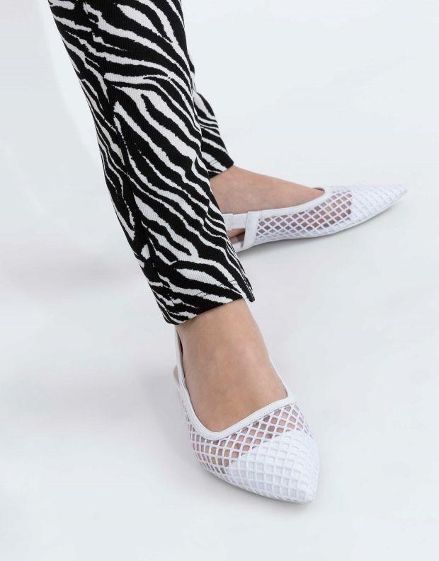 נעלי נשים - Jeffrey Campbell - סנדל EMELIA  שטוח - לבן