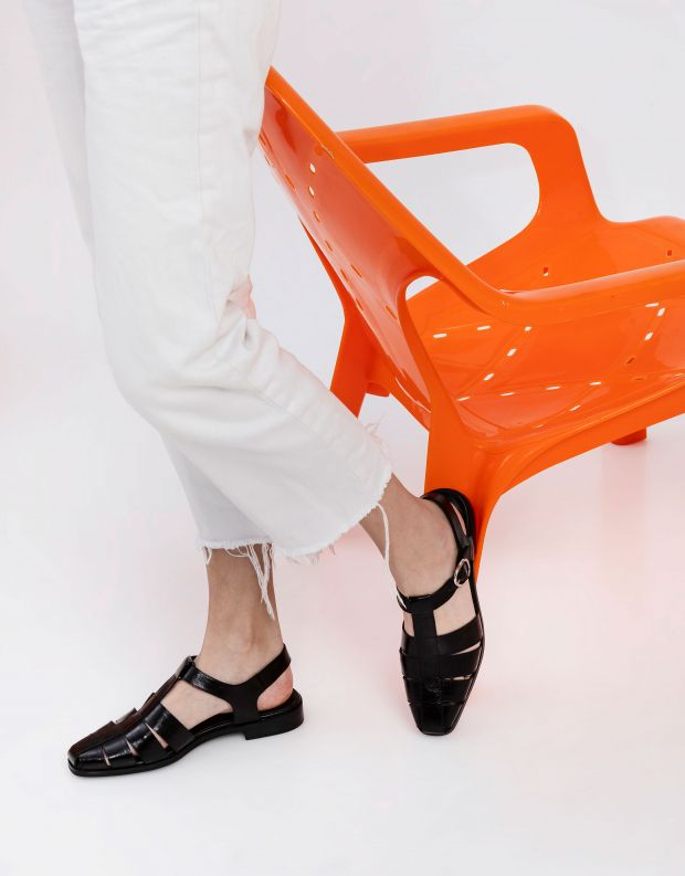 נעלי נשים - Jeffrey Campbell - סנדלי עור שטוחים LANDEN - שחור
