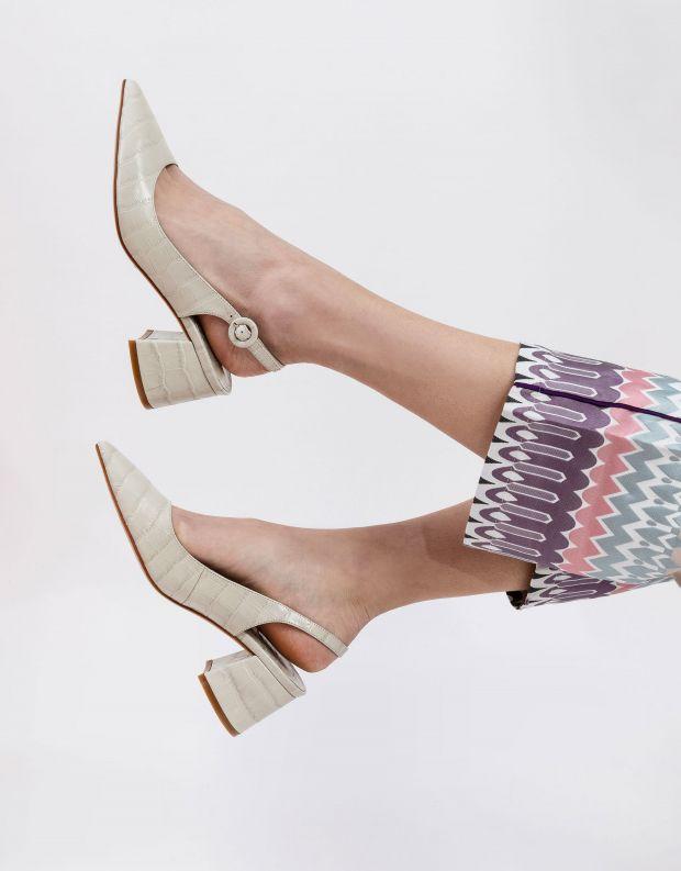 נעלי נשים - Jeffrey Campbell - נעלי סירה עם עקב  HALLIE - אופוויט