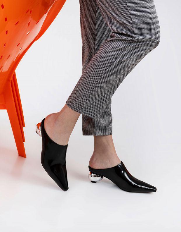 נעלי נשים - Jeffrey Campbell - כפכפי שפיץ עם עקב ROOTED - שחור