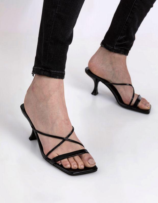 נעלי נשים - Jeffrey Campbell - קבקב MURAL - שחור