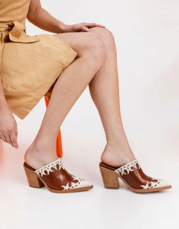 נעלי נשים - Jeffrey Campbell - כפכפי בוקרים TONTO - טאן