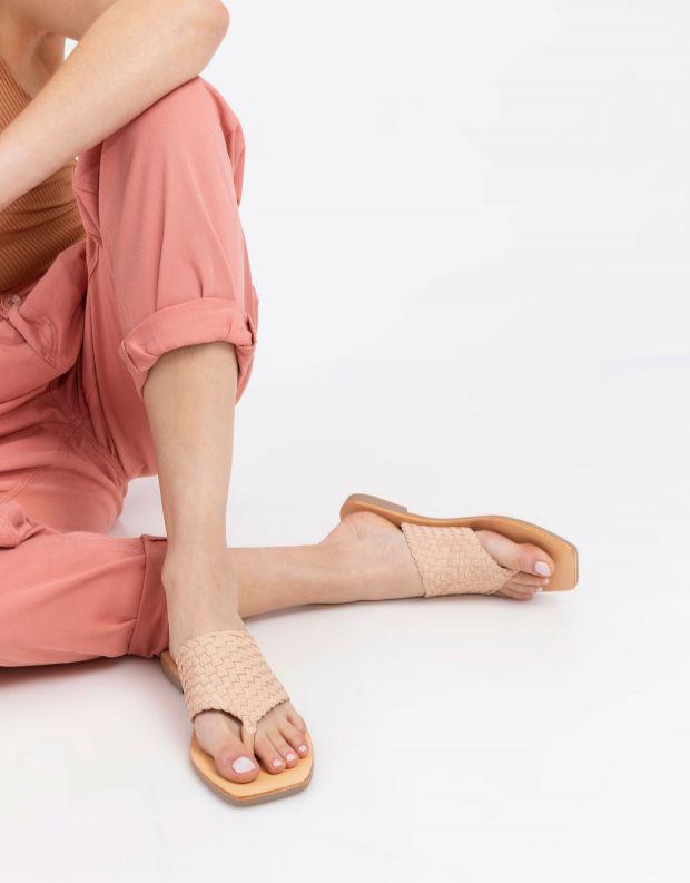נעלי נשים - SOL SANA - כפכפי אצבע שטוחים WINNIE - ניוד
