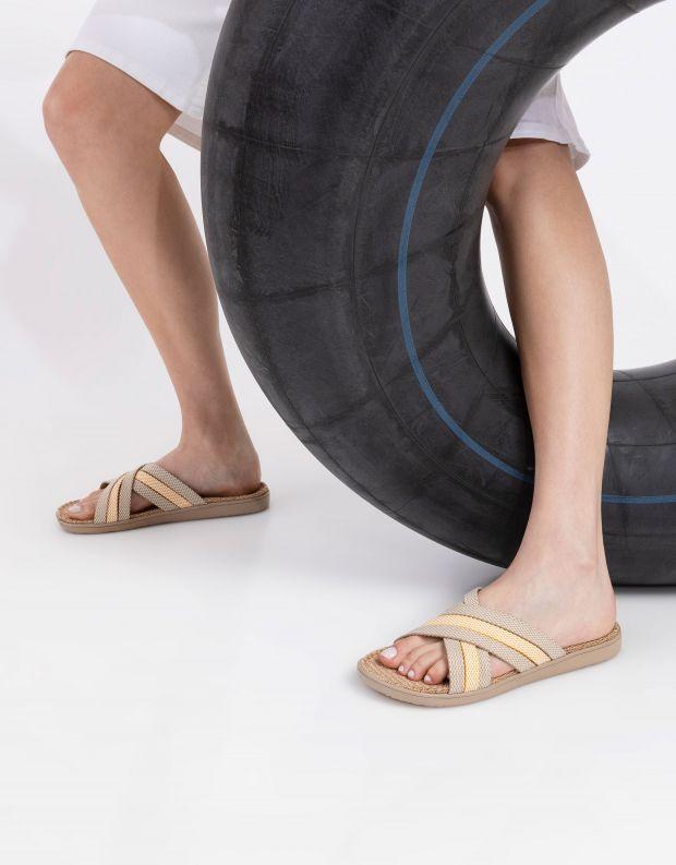 נעלי נשים - Lovelies - כפכפי בד POLHENA משולבים - צהוב