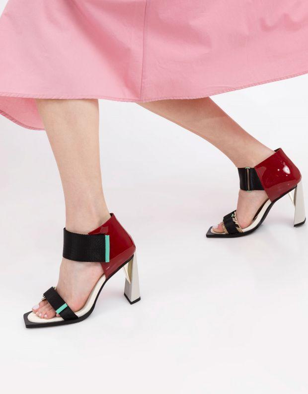 נעלי נשים - United Nude - סנדלי עקב VITA HI - שחור אדום