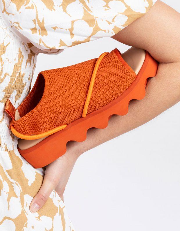 נעלי נשים - United Nude - סנדלי פלטפורמה BIND - כתום