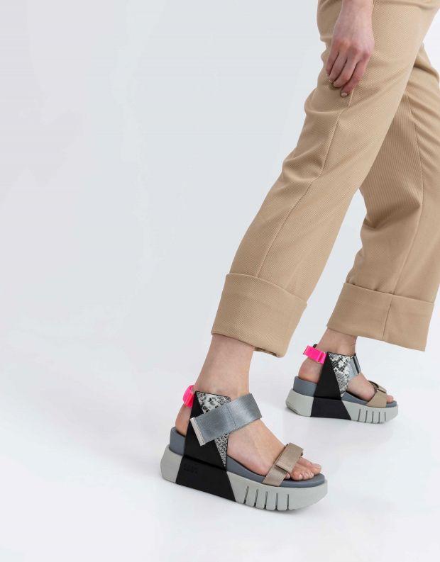 נעלי נשים - United Nude - סנדל DELTA RUN - אפור   שחור