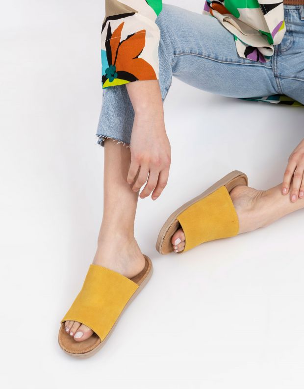 נעלי נשים - Lovelies - כפכפי זמש SALECCIA - צהוב