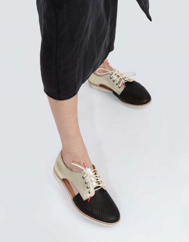 נעלי נשים - Rollie - נעלי עור SIDECUT PUNCH - שחור   זהב