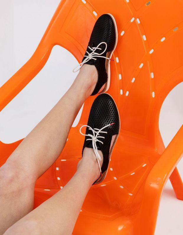 נעלי נשים - Rollie - נעלי עור SLINGBACK PUNCH - שחור