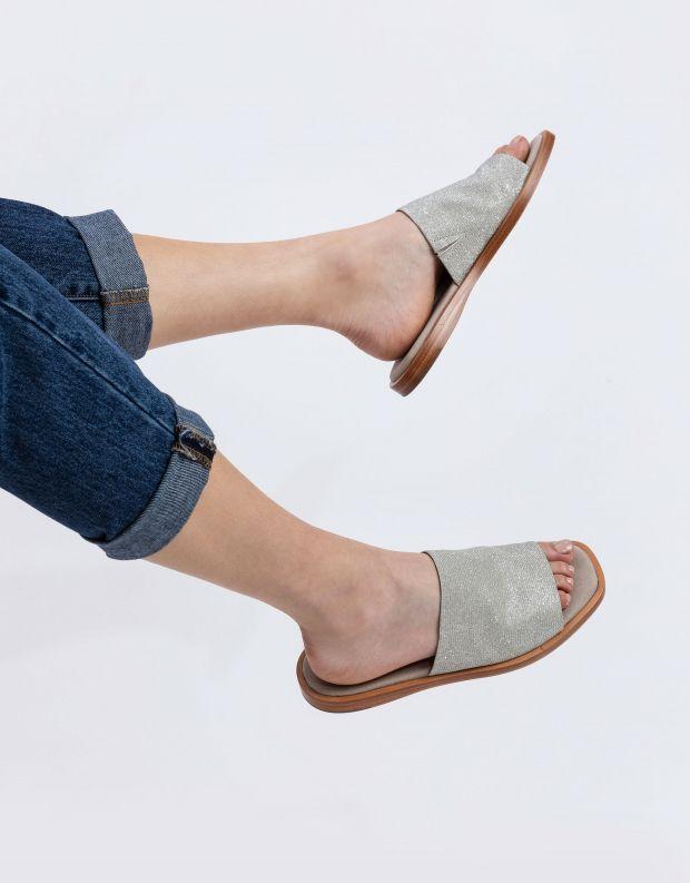 נעלי נשים - Rollie - כפכפים שטוחים ALPHA - כסף
