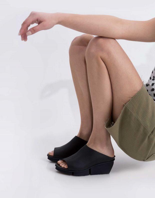 נעלי נשים - Trippen - כפכפי עור SOLO SPLITT - כחול