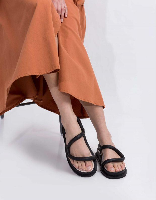 נעלי נשים - Trippen - סנדלי עור ZIGZAG FLIPFLOP - שחור