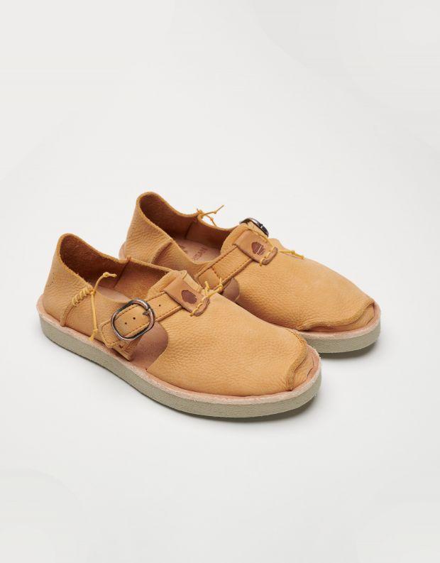 נעלי נשים - Satorisan - נעלי עור BENIRRAS - אפרסק