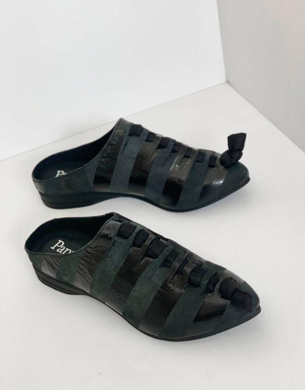נעלי נשים - Papucei - כפכפי עור ALDO - שחור פסים
