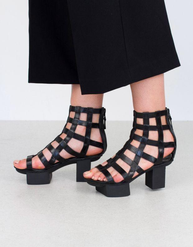 נעלי נשים - Trippen - סנדלים גבוהים AVIARY HAPP - שחור