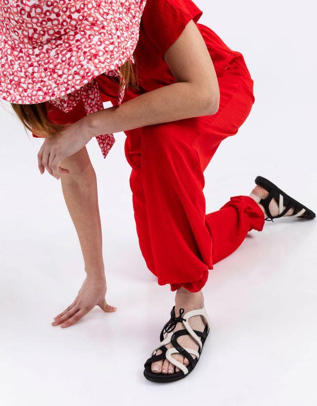 נעלי נשים - loints of Holland - סנדלי רצועות SWING - שחור לבן