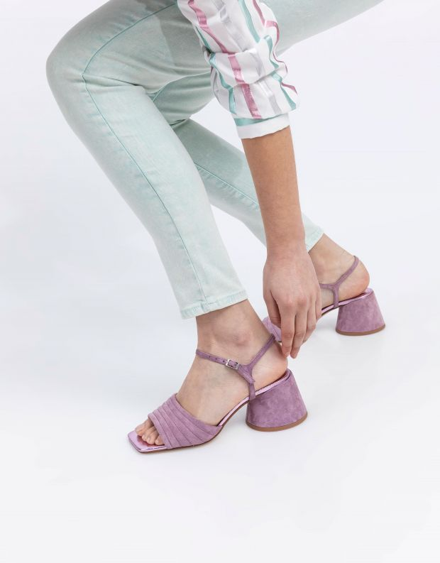 נעלי נשים - Jeffrey Campbell - סנדלי זמש עם עקב VERRA - לילך