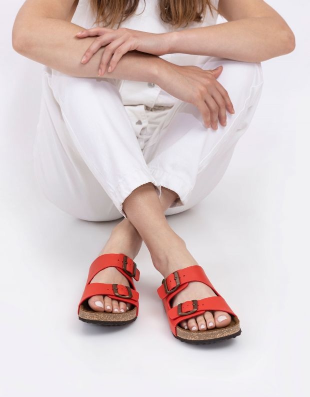 נעלי נשים - El Naturalista - כפכפי WARAJI VEGAN - אדום